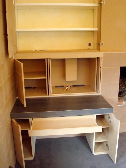 rangement divers meubles sur mesure meuble sous escalier roubaix lille. Black Bedroom Furniture Sets. Home Design Ideas