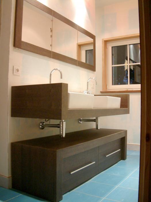 Salle de bain meubles sur mesure r alisation d 39 une salle - Meubles bas salle de bain ...