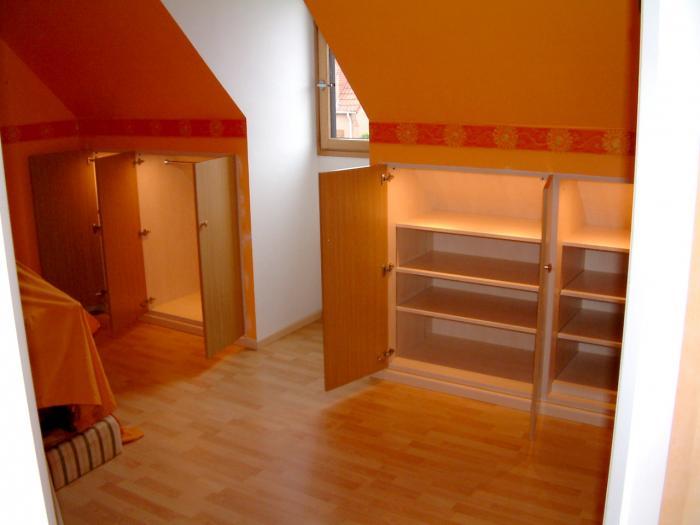 sous pente meubles sur mesure r alisation sous mesure de rangement sous pente roubaix lille. Black Bedroom Furniture Sets. Home Design Ideas